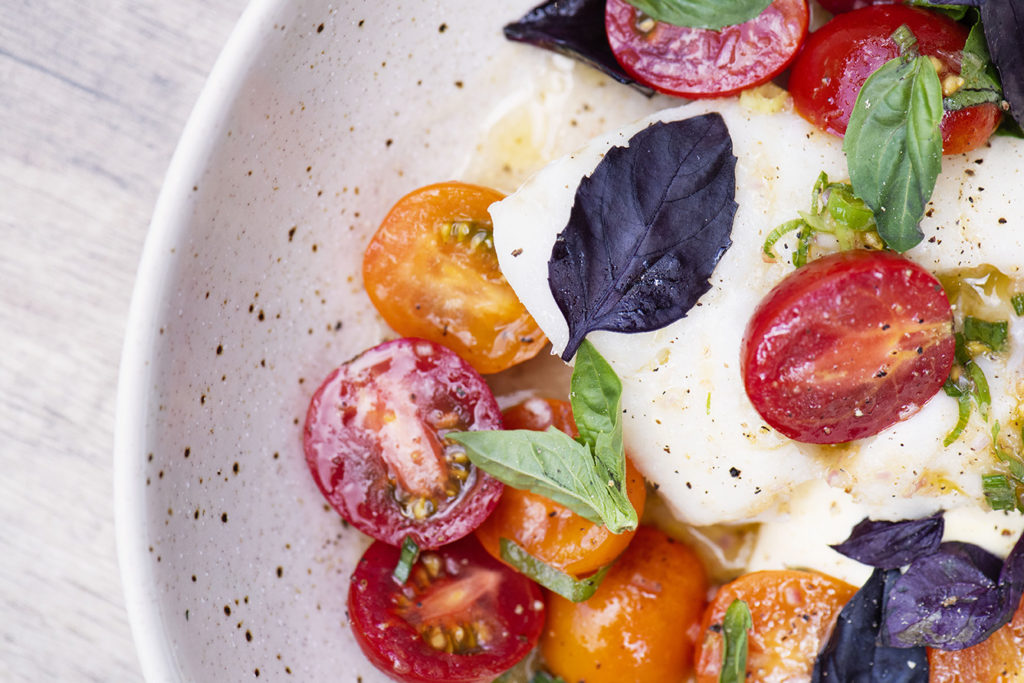 Hake with cherry tomatoes from Magnus on Water